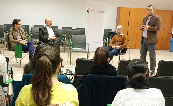 """Dezbaterile Publice de Etica Aplicata 2014/2015: """"Etica în industria românească de advertising: de la umor la realitate"""""""